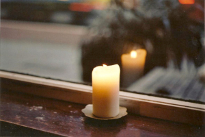 Candle-in-Window